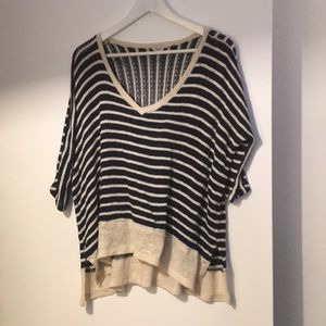 Light knit high low sweater